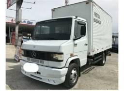 Caminhão mercedes 710 - 2010