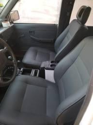Carro L200 - 2004