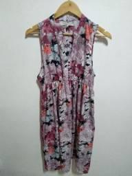 Vestido de seda florido
