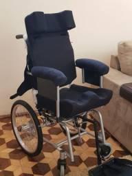 Vende-se Cadeira de Rodas Carrinho Star Kids