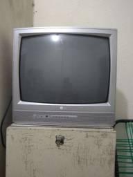 Tv usada LG vai sem controle e nada quebrado
