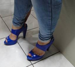 Sandália melissa salto