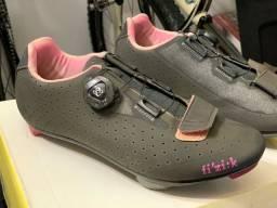 Sapatilha Speed Fizik R5 - ciclismo