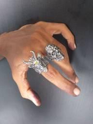 Anéis caveira