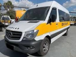 Mercedes-Benz Sprinter Van 28 Lugares