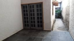 Vendo ou alugo Casa 03 Quartos no centro de Conceição da Barra