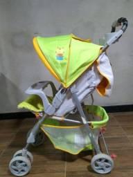 Carrinho de bebê conservado