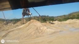 Caminhão de areia lavada pedra pó de pedra