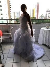 Título do anúncio: Vestido de noiva semi novo
