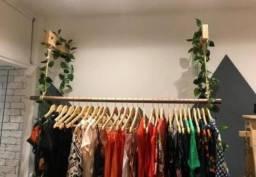 Arara de roupas Closet suspensa Pronta entrega