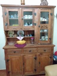 Vendo armário cristaleira rústico em madeira de demolição