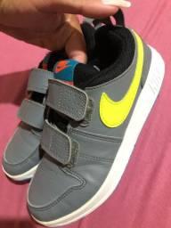 Tênis Nike T 35
