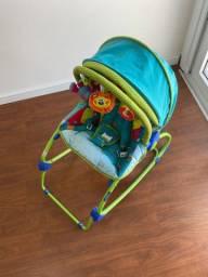 Vendo cadeira de bebê e andador