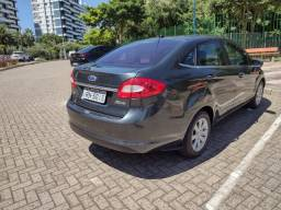 Ford New Fiesta Sedan 2011 85mil km Completo Financio Placa I