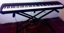 Piano Digital Korg SP200-BK 88 teclas