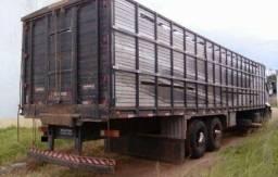 caminhão Ford 2428, 2011