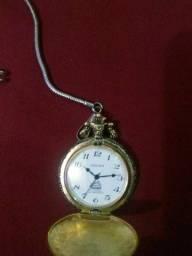 Lindo relógio de bolso antigo da marca Oscar automático tudo funcionando perfeitamente.