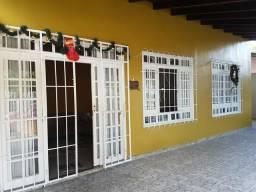 Vendo casa no Conjunto Jardim Versales