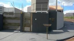 Casa de alvenaria Jardim Veneza padrão médio para alto, apta financiamento MCMV