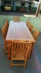 Mesa de Cedro Rosa com 6 cadeiras