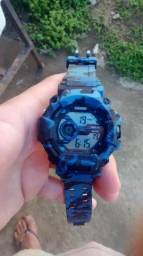 Relógio a prova dágua camuflado Skmei Sports