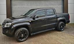 AMAROK - Trendline 4x4 Diesel - Black e Chipada - 2011