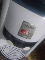 Bebedouro eletrônico Bivolt semi novo