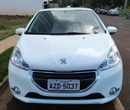 Peugeot 208 Active Pack 2014/2015 - 2015