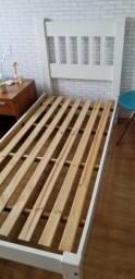 Vendo cama solteiro madeira maciça