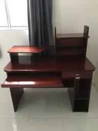 Mesa para escritório / escrivaninha