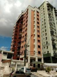 Vende-se Apartamento com 3 quartos sendo 1 suíte, 1 vaga, 100m²