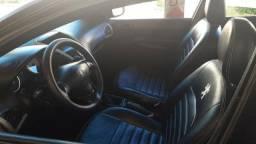 Vendo Peugeot 207 completo 1.4 Flex 8v - 2010