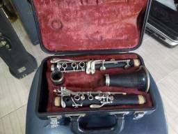 Clarineta Yamaha de madeira