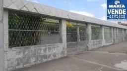 Casa solta com 04 quartos, na via local em Bezerros/PE - REF.2626