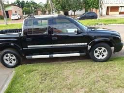 Vendo S10 2.4 completa - 2006