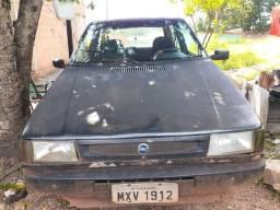 Vendo um carro uno - 1994