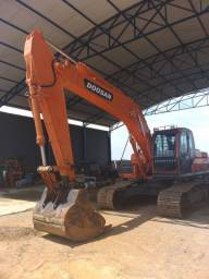 Escavadeira PC Doosan 225 DX 2015 top a máquina