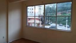 Apartamento de quarto e sala à venda em Agriões, Teresópolis-RJ