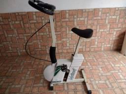 Bicicleta Ergométrica Vertical Moviment Energy