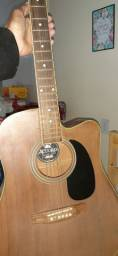 Vendo violão e guitarra