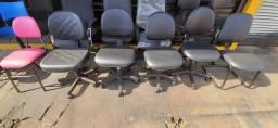 Cadeiras executivas back sisten em promoção.