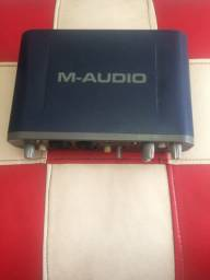 Interface M Áudio Fast Track Pro