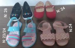 Sapatos e sandalias semi novos