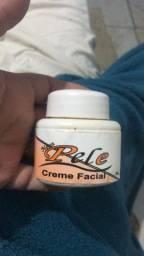 Vendo creme  clareador nova pele