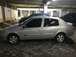 Renaul Clio Sedan 1.6