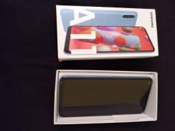 Celular Samsung A11 64GB, c/ Nota Fiscal, bem conservado, sem arranhões