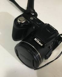 Câmera nikon semi-profissional