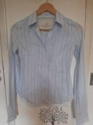 Camisa Abercrombie e Fitch listadinha azul P manga longa algodão