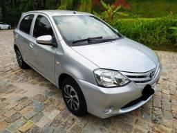 Toyota Etios 1.3 x , carro completo 2° dono, impecável ,confira!!