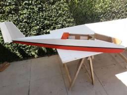 Aero trenador com 2 m ass e 1.45 Fus